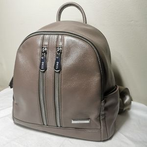 Brand new with tag! Findig F2000 Backpack